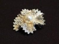 Pearl Brooch - WJ250