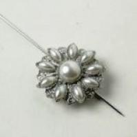 Pearl Sunrise Brooch Pin - Cream - Silver