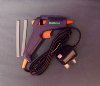 Bostic Handy Glue Gun and Glue Sticks
