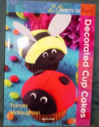 Cupcake Decorating Ideas Book : Product Ref: 03214